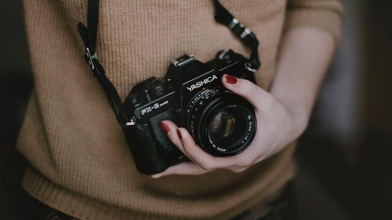 photographer-455747.jpg